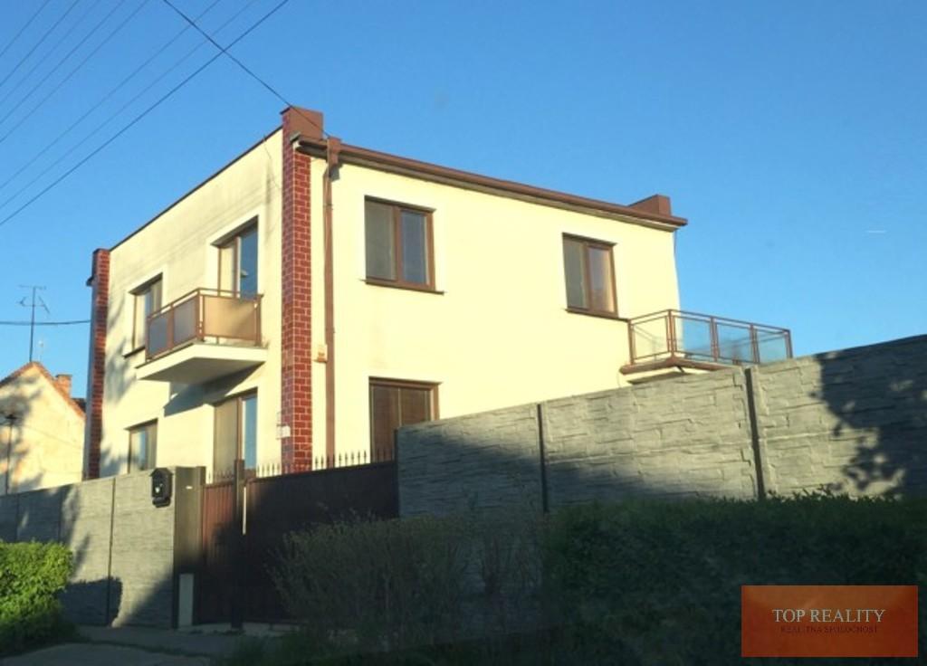 Topreality Rs.sk 5 Izbový Rodinný Dom S Krásnym Pozemkom 1505 M2 Garážou A Bazénom Sládkovičovo 1