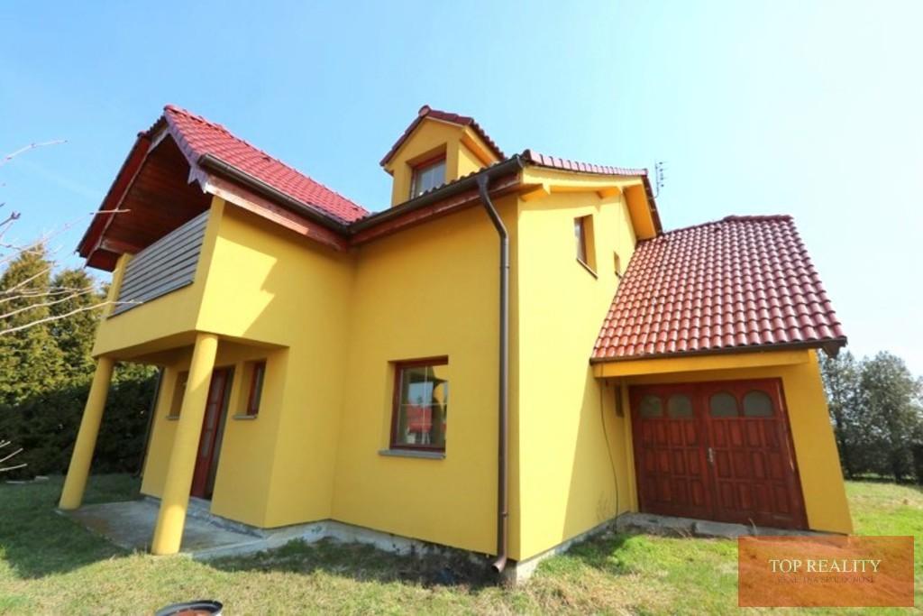 Topreality Rs.sk 6 Izbový Rodinný Dom A Garáž úžit Plocha 250 M2 Na Pozemku 643 M2 Veľké Úľany 1