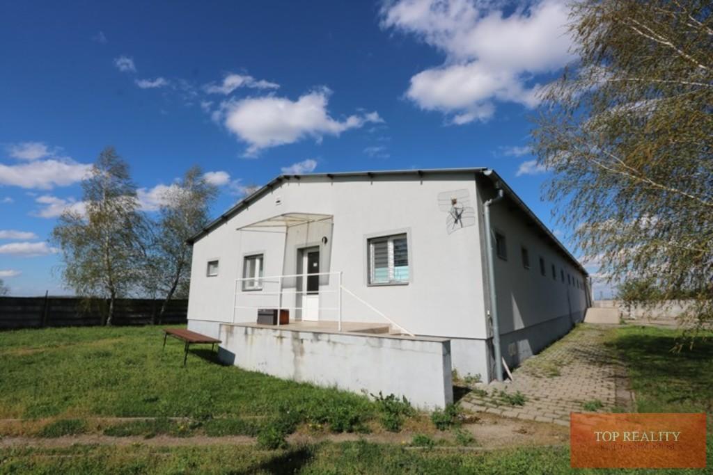 Topreality Rs.sk Hala Kancelária Sklad Soc Miestnosti Rampa 439 M2 Na Pozemku 1000 M2 V Meste Galanta 1