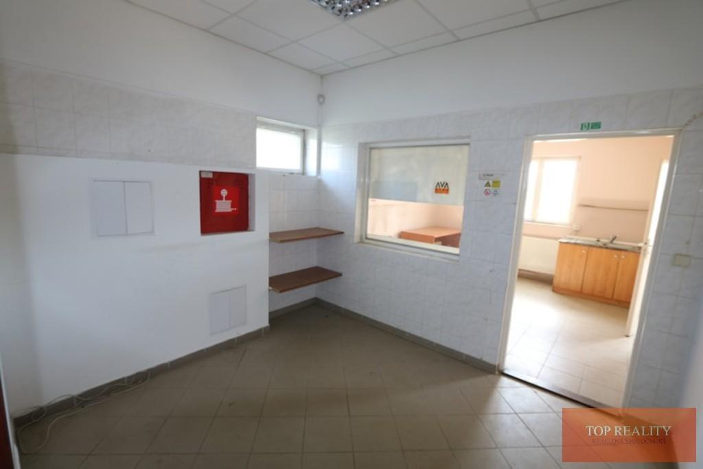 Topreality Rs.sk Hala Kancelária Sklad Soc Miestnosti Rampa 439 M2 Na Pozemku 1000 M2 V Meste Galanta 17