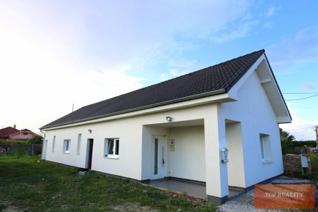 Topreality Rs.sk Komplet Zrekonštruovaný A Zariadený 3 Izbový Rodinný Dom 143 M2 Pozemok 551 M2 1