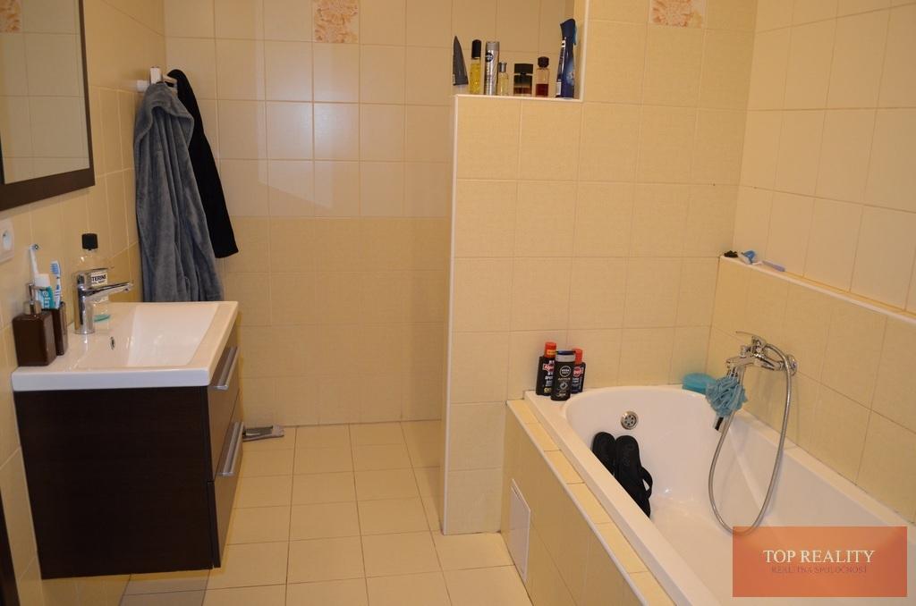 Topreality Rs.sk Luxusný 2 Izbový Byt Komplet Zariadený V Seredi Minimálne Náklady Na Bývanie Komplet 60 Eur 3