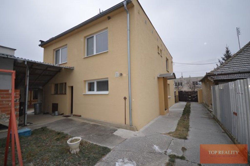 Topreality Rs.sk Na Predaj Zrekonštruovaný Rodinný Dom S Garážou Vo Veľkej Mači 17