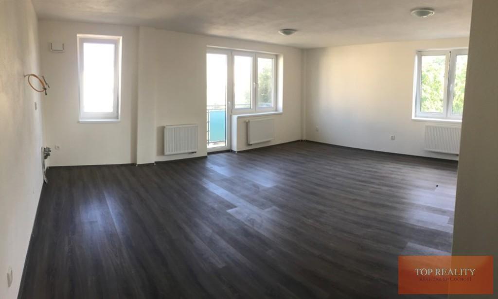Topreality Rs.sk Novostavba 2 Izbový Byt 64 50 M2 Balkón Terasa 18 05 M2 Spolu 82 50 M2 Centrum Galanta 1