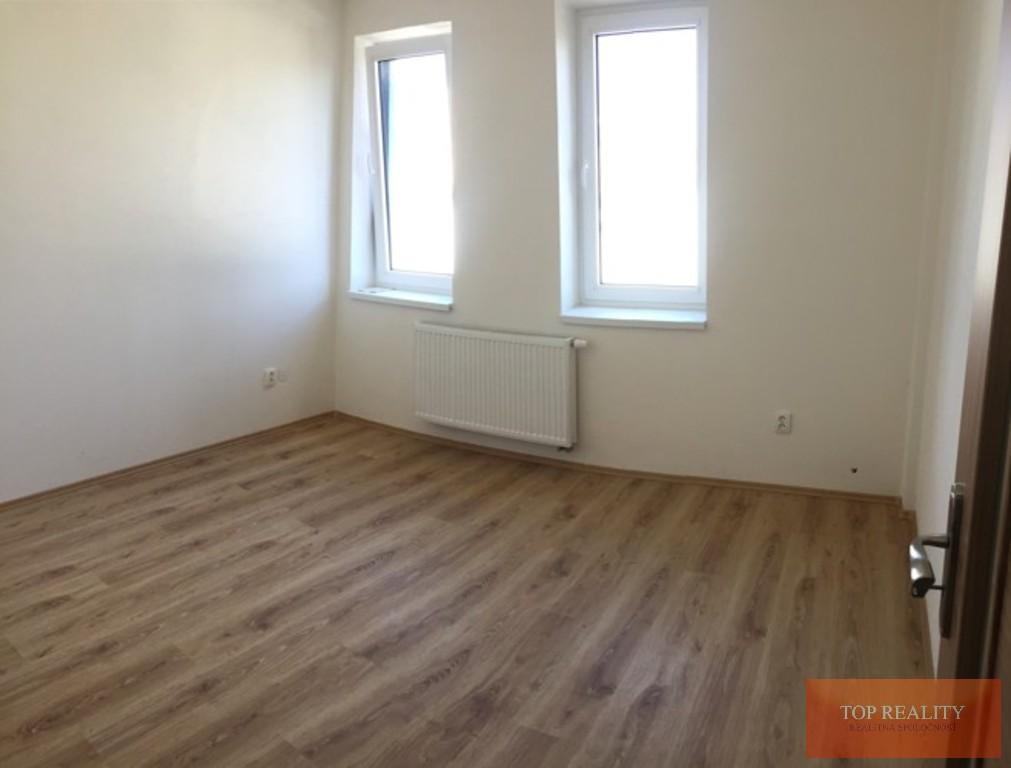 Topreality Rs.sk Novostavba 2 Izbový Byt 64 50 M2 Balkón Terasa 32 97 M2 Spolu 97 50 M2 Centrum Galanta 9