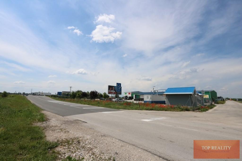 Topreality Rs.sk Pozemok V Komerčnej Zóne 10 000 M2 Galanta – Pri Obchvate 1