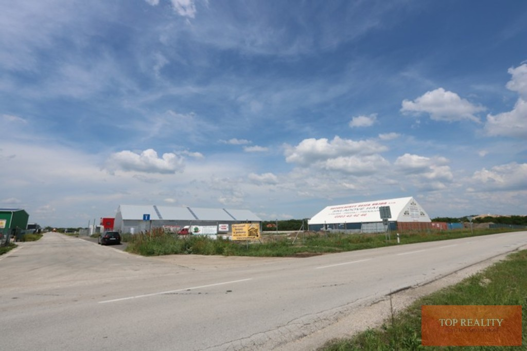 Topreality Rs.sk Pozemok V Komerčnej Zóne 10 000 M2 Galanta – Pri Obchvate 2