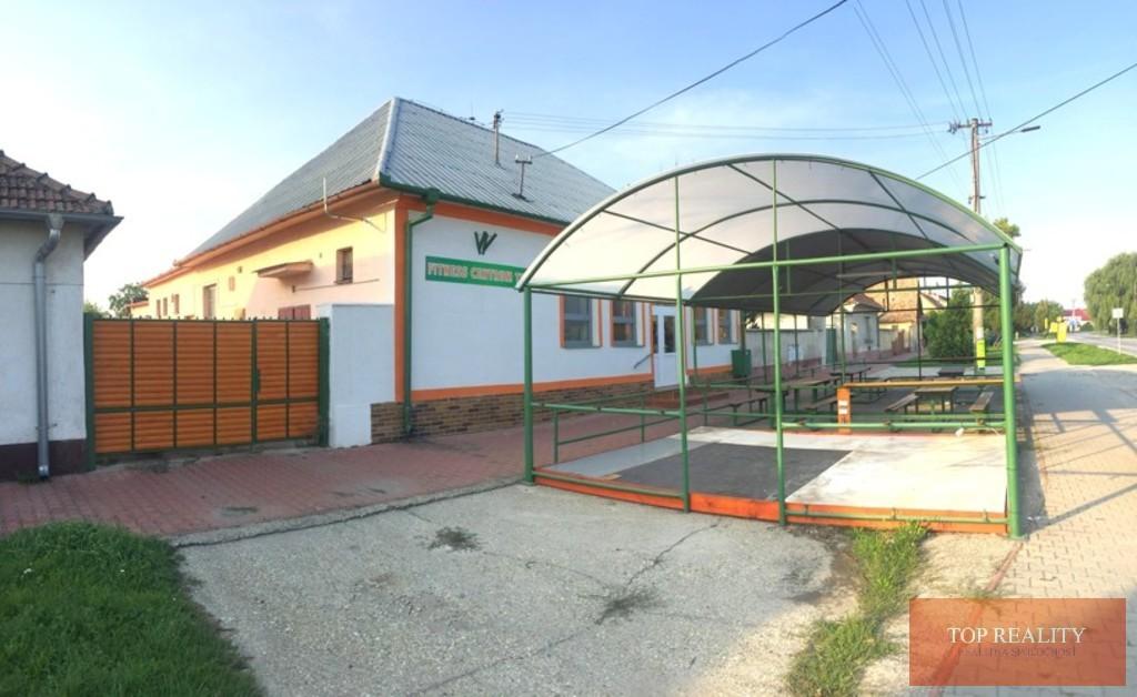 Topreality Rs.sk Rodinný Dom Obchodný Priestor 200 M2 V Centre Na Pozemku 1575 M2 Diakovce 1