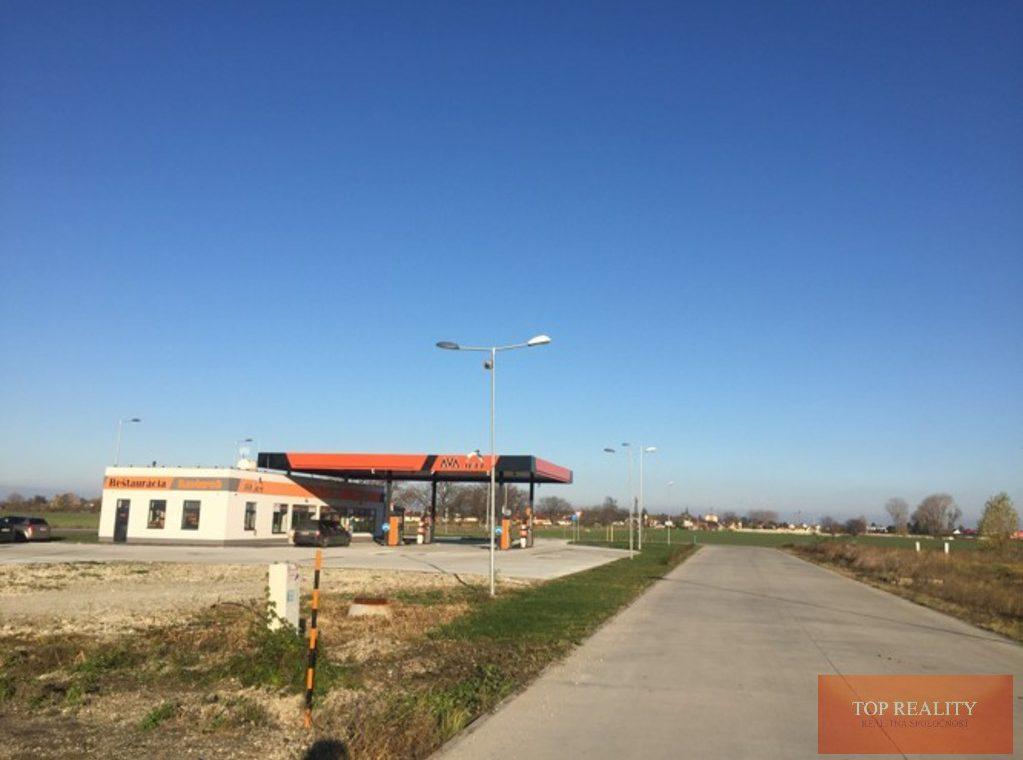 Topreality Rs.sk Stavebný Pozemok V Novej štvrti Medzi Obcami Veľké Úľany A Jelka 57 € M2 Vrátane Dph 10
