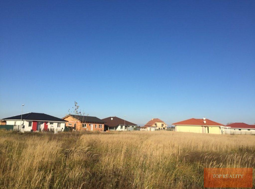 Topreality Rs.sk Stavebný Pozemok V Novej štvrti Medzi Obcami Veľké Úľany A Jelka 57 € M2 Vrátane Dph 8