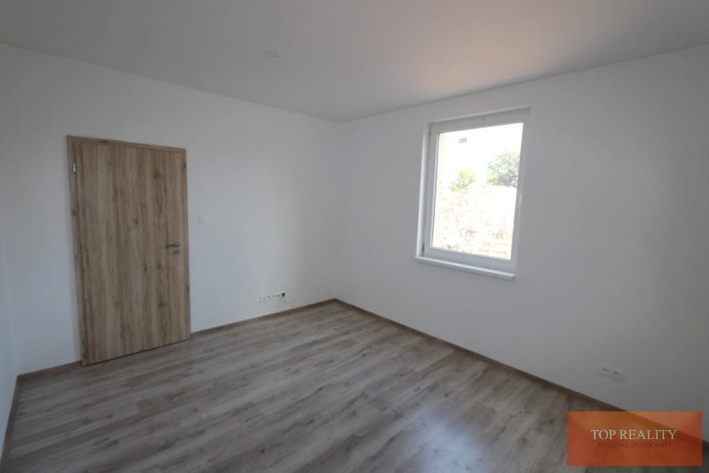 Topreality Rs.sk Super Ponuka Komplet Zrekonštruovaný 3 Izbový Rodinný Dom 82 M2 Pozemok 457 M2 Gáň 1