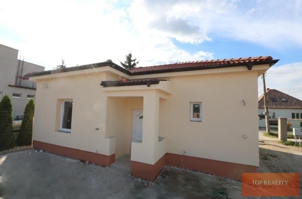 Topreality Rs.sk Super Ponuka Komplet Zrekonštruovaný 3 Izbový Rodinný Dom 82 M2 Pozemok 457 M2 Gáň 30