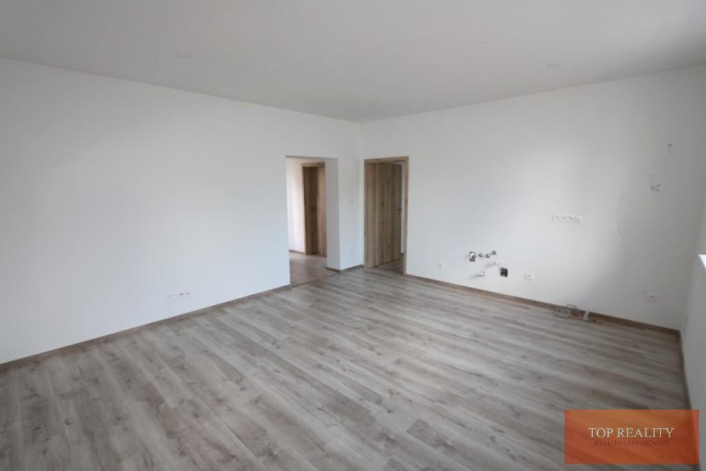 Topreality Rs.sk Super Ponuka Komplet Zrekonštruovaný 3 Izbový Rodinný Dom 82 M2 Pozemok 457 M2 Gáň 7